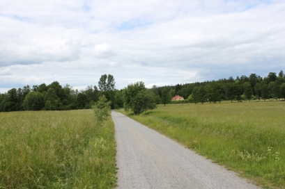 Lantliga miljöer endast 15 minuters promenad bort